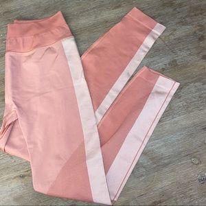 Lulu BNWOT seamless pink leggings - size 6